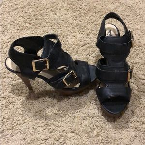 Shoes - Black buckle heels